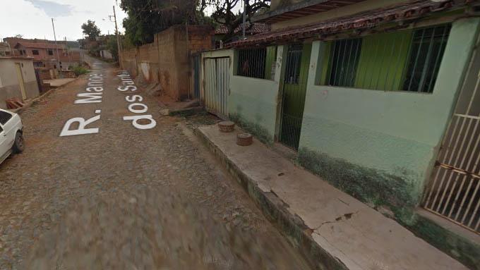Rua Manoel Ferreira dos Santos, no Bairro Manoel Pimenta. Segundo a Polícia, foi aqui que houve a troca de tiros (foto: Google Maps)