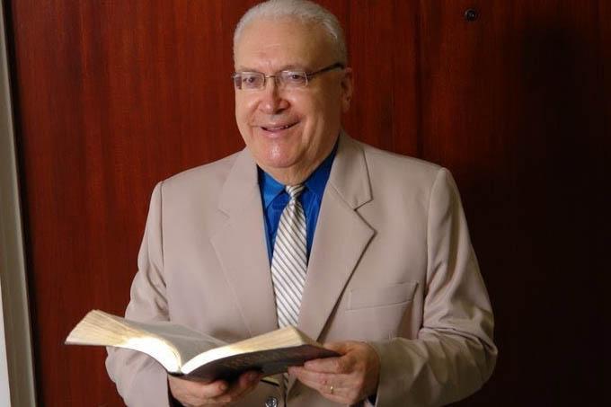 Missionário David Miranda, fundador da Igreja Deus é Amor
