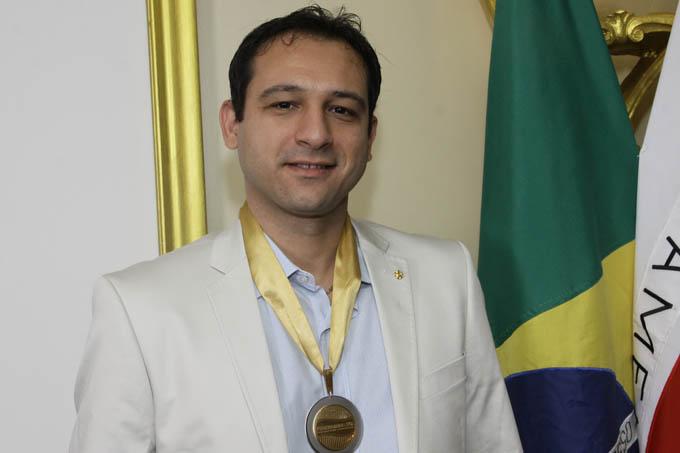 Jomar Brito é engenheiro Eletricista, é proprietário da SELTEC Soluções Elétricas e Tecnológicas