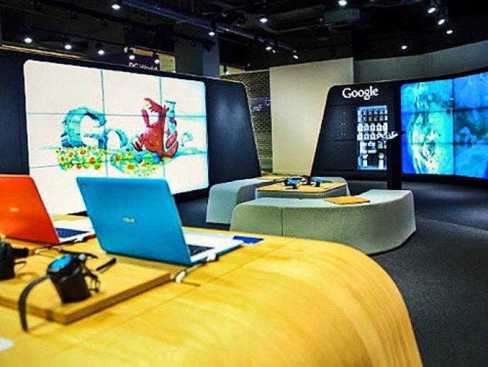 Interior da primeira loja física do Google, em Londres, na Inglaterra(Google/Divulgação)