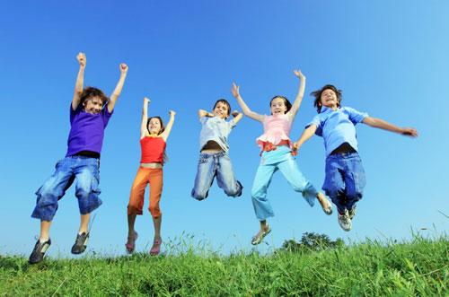 É muito importante que as crianças façam exercícios.