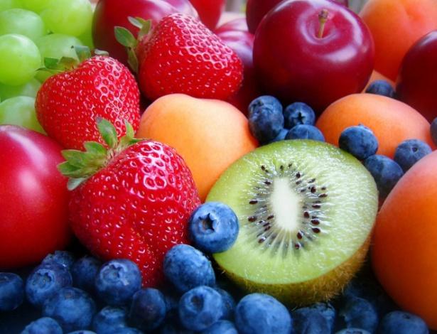 frutas-alimentacao-vida-saudavel-digestao-alimentos-1424544704755_615x470