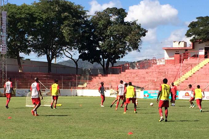 Os jogadores do América-TO continuam os treinos para o último jogo do Hexagonal Final do Módulo II do Campeonato Mineiro