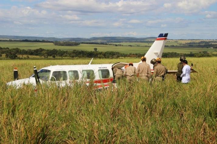 Avião que estavam Angélica, Luciano, seus filhos e as babás