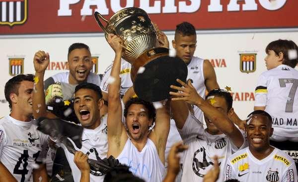 Campeão do  Campeonato Paulista de 2015, o Santos