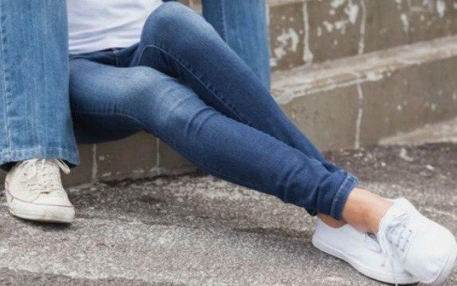 Pesquisadores relataram caso de australiana que ficou internada e sem conseguir andar por quatro dias após usar calça 'skinny'.