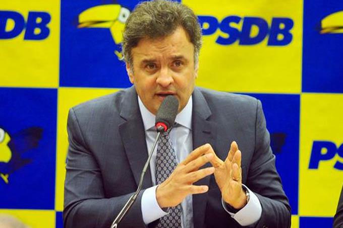 """""""Isso é fruto da enganação, da mentira, que foi a marca da sua campanha à Presidência, reconhecida inclusive pelo ex-presidente Lula"""", diz Aécio Neves (PSDB-MG), senador (sobre a queda na popularidade de Dilma)"""