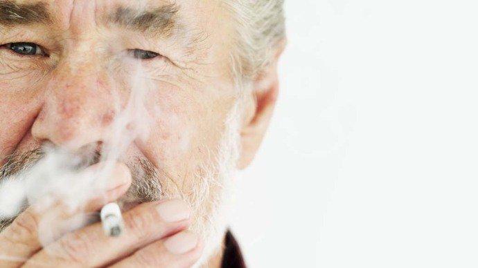 Os fumantes passivos precisaram de 20% mais anestésico durante a cirurgia para alcançar os mesmos resultados daqueles que não fumavam. Já os fumantes ativos precisaram de uma quantidade 33% maior.