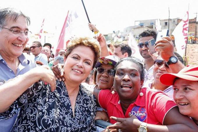 A presidente Dilma Rousseff em campanha com Fernando Pimentel em Belo Horizonte (MG) - 29/09/2014(Ichiro Guerra/Divulgação/VEJA)