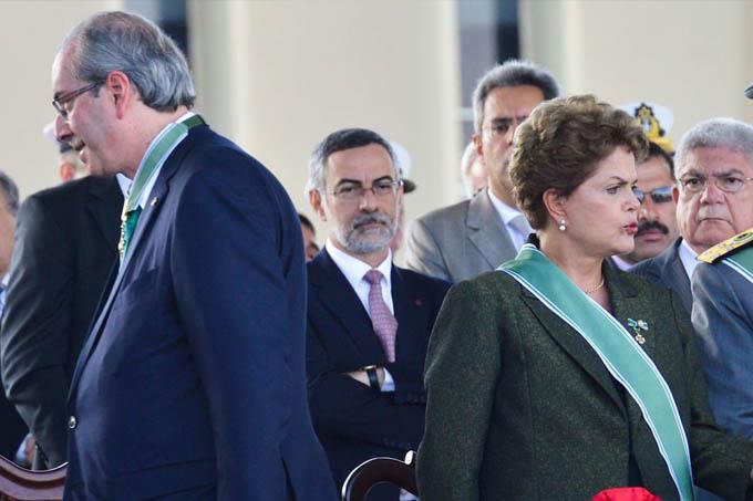 Com sangue no olho, e se dizendo vítima de uma campanha de difamação orquestrada pelo Planalto, Eduardo Cunha quer rever processos que pedem o impeachment da presidente Dilma
