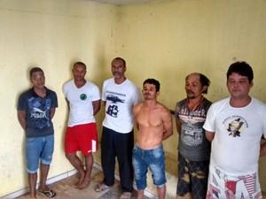 Os presos foram levados para o presídio de Timóteo (Foto: Divulgação/PC)