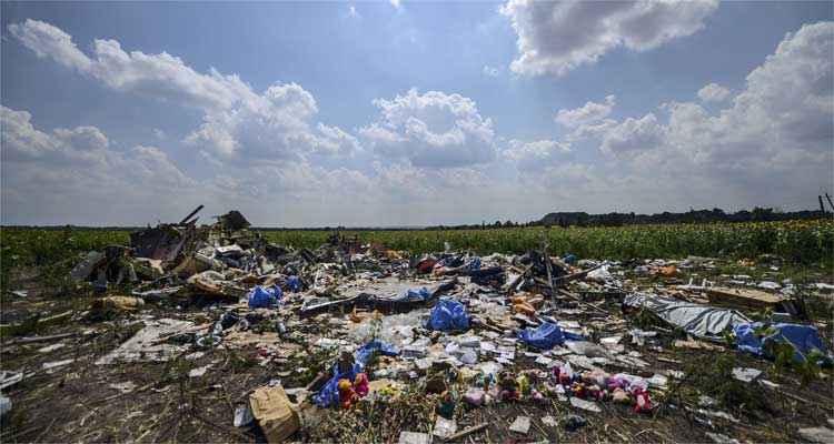 Destroços do avião foram encontrados à localidade ucraniana de Grabove, na região de Donetsk (foto: AFP PHOTO/ BULENT KILIC )
