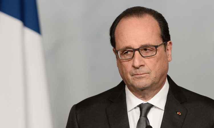 Testemunha disse ter ouvido terrorista gritar que a culpa dos ataques era do presidente François Hollande (Foto: STEPHANE DE SAKUTIN/POOL/AFP)
