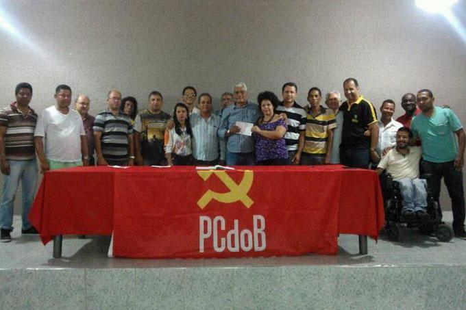 Em festa, Edson Soares é recebido pelos correligionários locais do PCdoB