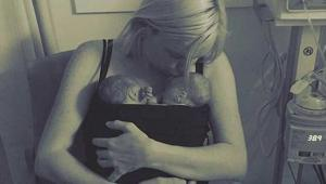 """""""Não pude acreditar que estava enfrentando um câncer enquanto grávida, era o meu maior pesadelo"""" confessa britânica que hoje, depois de dar à luz, luta por sua vida"""