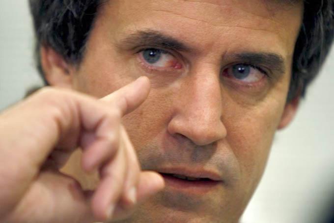 Titular da Fazenda argentino, Alfonso Prat-Gay, estimou dívida em 5 bilhões de dólares (Jornal La Nación)
