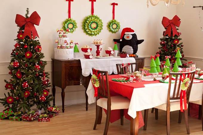 No dia seguinte ao Natal, as luzes da árvore se apagam, e a mesa guarda apenas a lembrança da festança ocorrida ali há tão poucas horas
