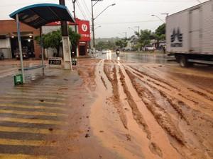 Cinco bairros ficaram alagados - Foto: Luiz Filipe Ciribeli/Inter TV dos Vales)