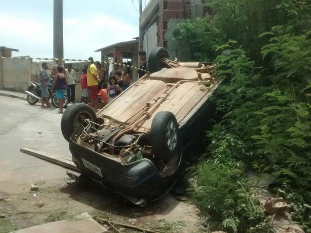 Vítimas sofreram ferimentos leves - Foto: Divulgação/Corpo de Bombeiros)