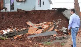 Casas atingidas pela chuva em Rolândia - Foto: Divulgação/Prefeitura de Rolândia