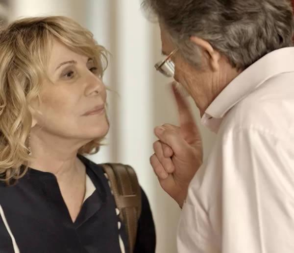 Nora descobre que Gibson é o Pai da facção