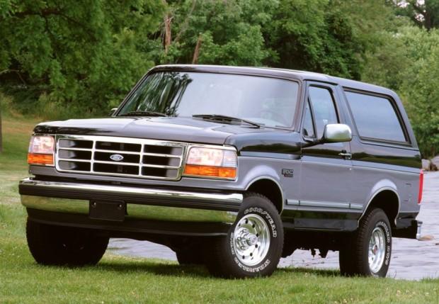 Ford Bronco – descontinuado em 1996