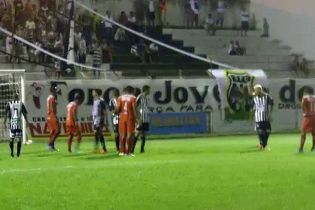 Com o empate, ambas as equipes marcaram apenas um ponto na competição