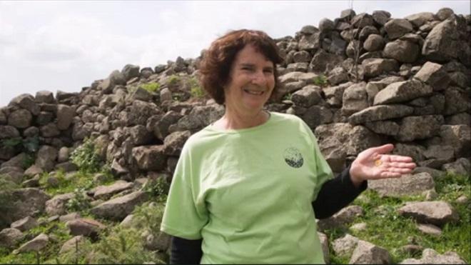 Laurie Rimon, iraelense que encontrou moeda rara - Foto: Reprodução/ Facebook Israel Antiquities Authority