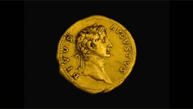 Moeda de quase 2.000 anos foi cunhado com o rosto do imperador Otávio Augusto - Foto: Reprodução/ Facebook Israel Antiquities Authority