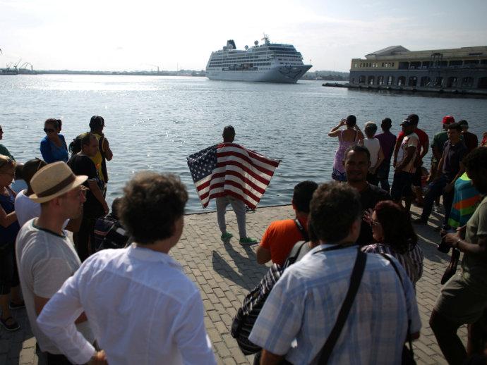 Cruzeiro entre Estados Unidos e Cuba, o primeiro em cinquenta anos, chega em Havana nesta segunda, 2 de maio (ALEXANDRE MENEGHINI/Reuters/VEJA)