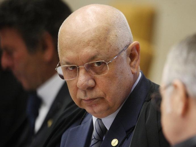 O ministro do STF (Supremo Tribunal Federal), Teori Zavascki, durante sessão em plenário - 17/02/2016 (Carlos Humberto/SCO/STF/Divulgação)