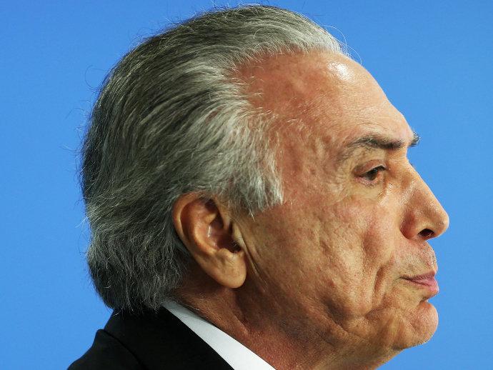 """""""Convenhamos, a Petrobras é uma empresa que tem que pautar-se pelos critérios de seu interesse"""", disse Temer (Adriano Machado/Reuters)"""