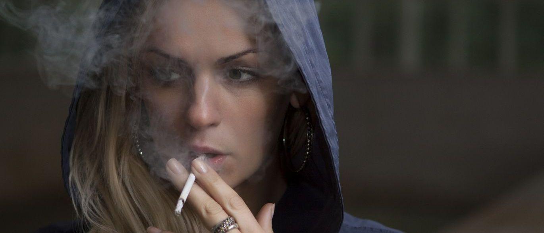 Poucos segundos após a inalação da fumaça, a nicotina chega ao pulmão e, dele, atinge o sistema circulatório e o cérebro