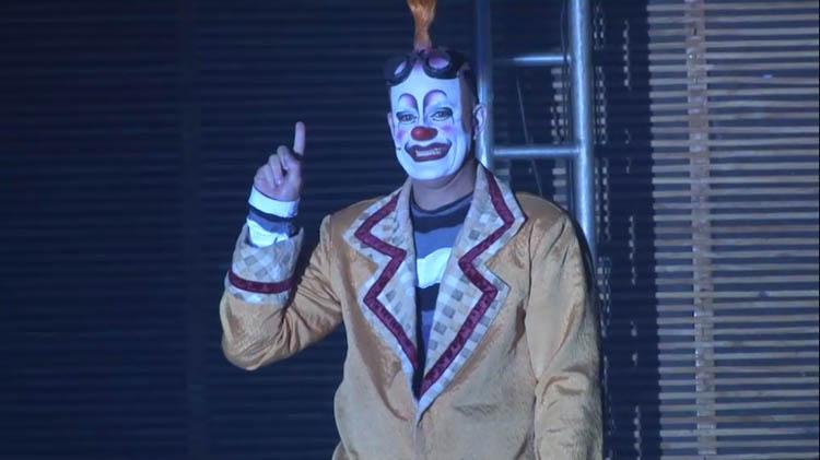 O show performático do artista Marcos Casuo, ex-cirque du soleil foi uma das grandes atrações da EXPONOR 2016