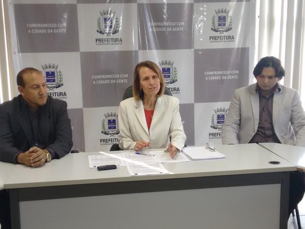 Prefeita aponta que laudos de laboratório credenciado e do SAAE garantem qualidade da água (Foto: Zana Ferreira/G1)