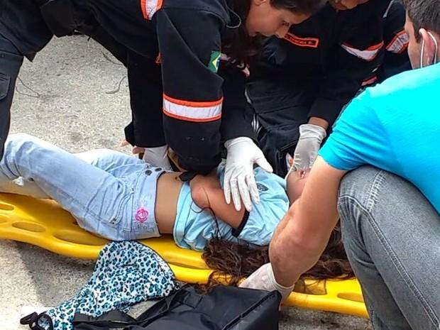 Menina sofreu uma fratura no fêmur direito (Foto: Divulgação/Corpo de Bombeiros Anjos de Resgate de Santa Barbara do Leste)