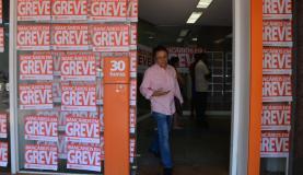 Bancários decidiram entrar em greve nacional a partir do dia 6 de setembroArquivo Agência Brasil