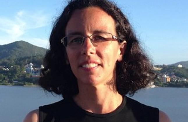 A astrofísica Silvia Paixão Alencar (Foto: Silvia Alencar/Arquivo pessoal)