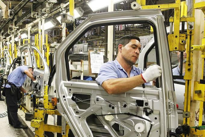 economia-montadora-renault-sao-jose-dos-pinhais-20120802-01-original