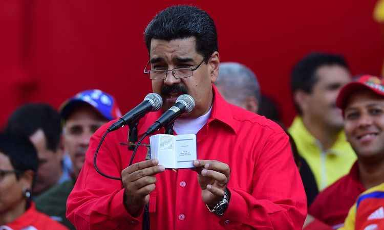 O presidente da Venezuela, Nicolás Maduro, durante discurso em Caracas (foto: AFP / Ronaldo SCHEMIDT )