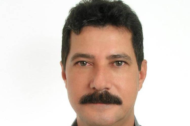 """Paulo Marreco (PSB). 1.139 votos PAULO CÉSAR COSTA FRANCO completará 54 anos no próximo dia 09 de outubro. É um dos mais fortes e fiéis escudeiros do prefeito Getúlio Neiva, de quem pretendia ser parceiro na Câmara Municipal. Sua eleição é o que se pode chamar de """"a vitória da persistência"""", uma vez que se candidatou a primeira vez em 2008, quando obteve uma votação regular, novamente em 2012, quando aumentou consideravelmente a votação, e agora, enfim, conseguiu a votação necessária para ser o segundo nome da sua coligação. Patrimônio declarado: R$ 40.200,00."""