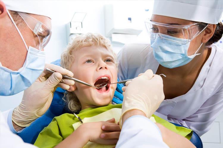 No dia 25 de outubro comemora-se o Dia do Cirurgião-dentista