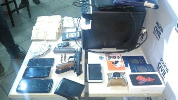 Material apreendido pela polícia (Foto: Divulgação/PCMG)
