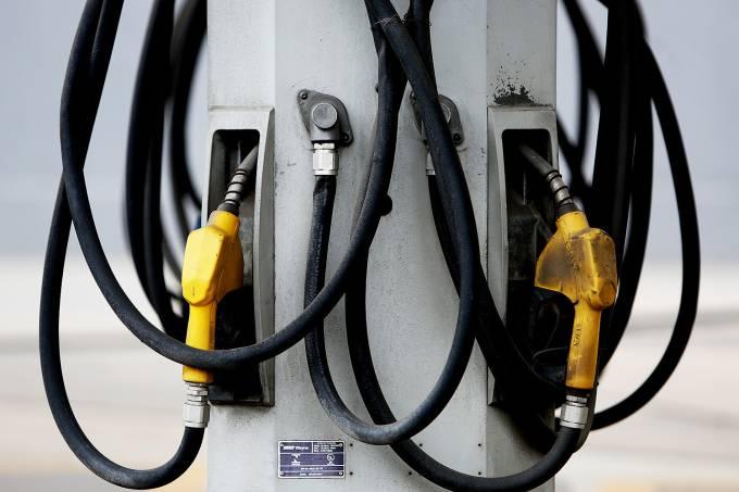 Segundo a ANP, o preço médio da gasolina no país era de 3,675 reais por litro na última semana (Ricardo Matsukwa/VEJA.com)