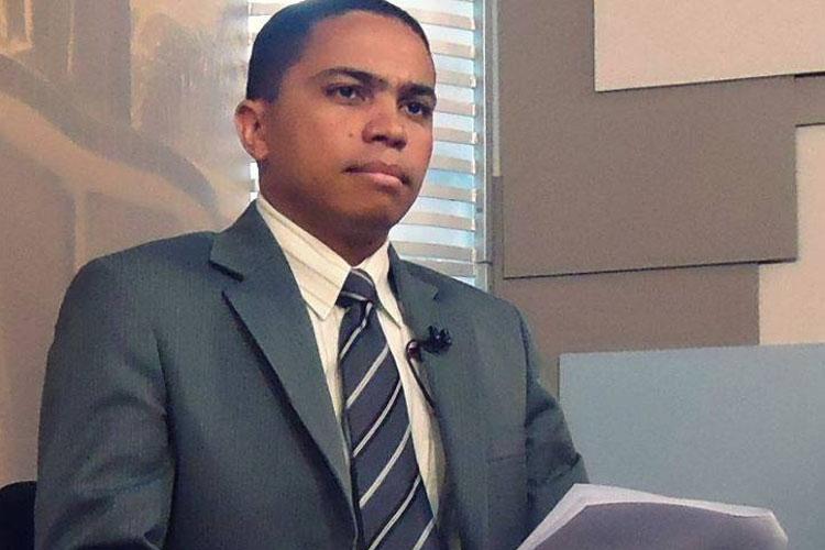 Elvis Passos é repórter e coordenador de Jornalismo da TV Imigrantes (foto: Facebbok)