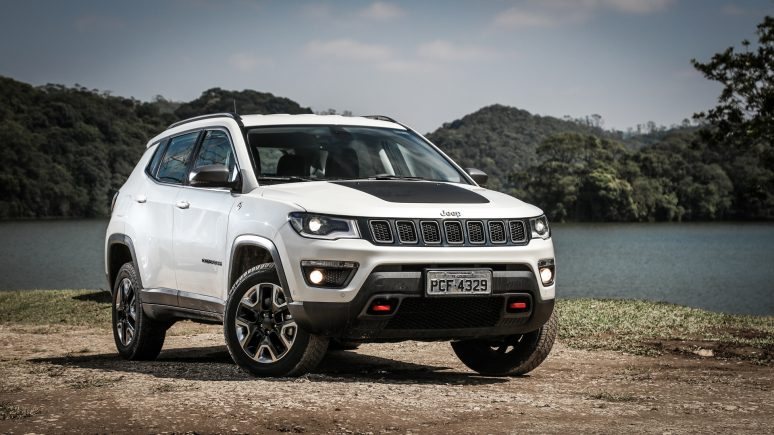 jeep-compass-trailhawk-4x4-11-774x435