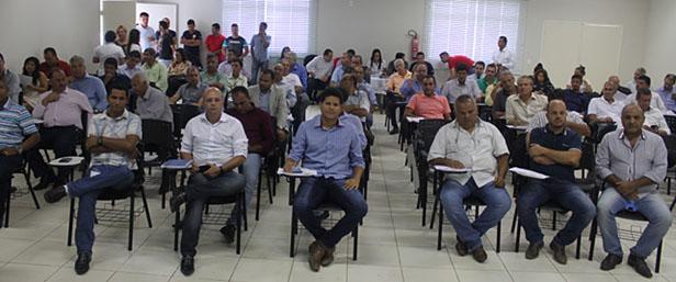 Mais de 40 prefeitos participaram da Assembleia Geral do CISNORJE/SAMU (fotos: Release de notícias de Aníbal Gonçalves)