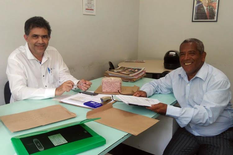 O assessor especial do governador Fernando Pimentel para o Vale do Mucuri, Jorge Arcanjo, recebeu a visita do secretário executivo da AVERVALES, Paulo Alecrim