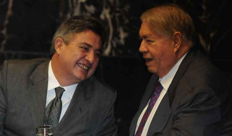 Perrella negociou sua filiação com lideranças nacionais do PMDB (foto: Gladyston Rodrigues/EM / D.A. Press)