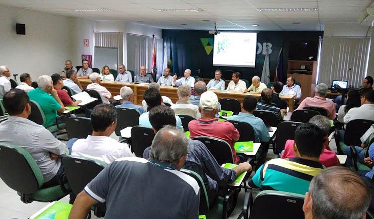 O auditório do Sicoob Credivale estava lotado pelos delegados que representam as 23 (vinte e três) unidades do Sicoob Credivale espalhadas pelo Nordeste Mineiro